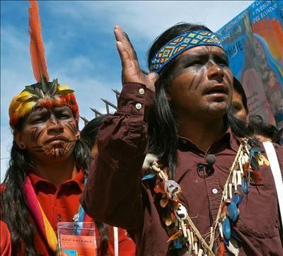 indigenas-ecuador.jpg