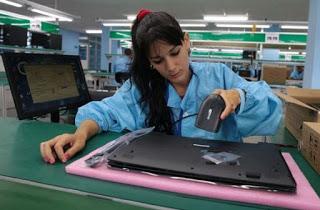 Fábrica-de-laptop-en-Cuba-580x381