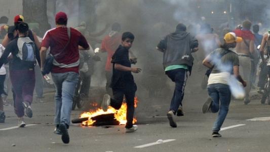 hi-venezuela-protest-852-rt