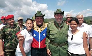 0322-chavez-fidel.jpg