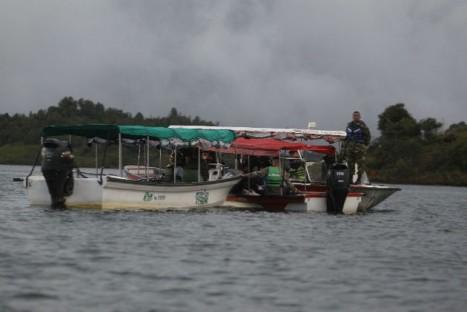 colombia-sinking-boat-1.jpg