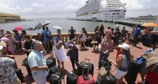 puertorriqueños-abandonan-el-país-580x310